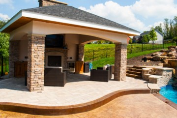 Pool House / Cabana in Pittsburgh / Custom Pool By World Class Pools